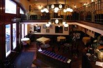 Spinoza Étterem, Színház és Kávéház